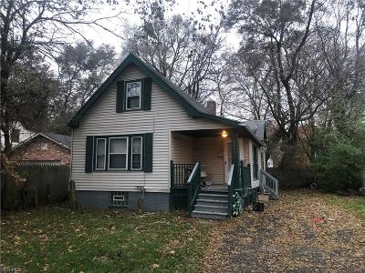 Cleveland Single Family Home For Sale: 2882 East 112th St