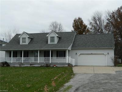 Huron County Single Family Home For Sale: 697 East State Route 61