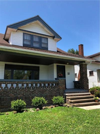 Cleveland Single Family Home For Sale: 3594 Menlo Rd