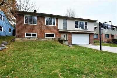 Beachwood Single Family Home For Sale: 23728 Glenhill Dr