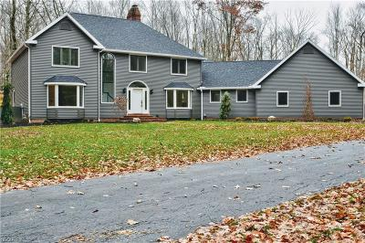 Mahoning County Single Family Home For Sale: 3455 Easy St