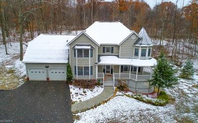 Chardon Single Family Home For Sale: 11840 Arbor Glen Dr