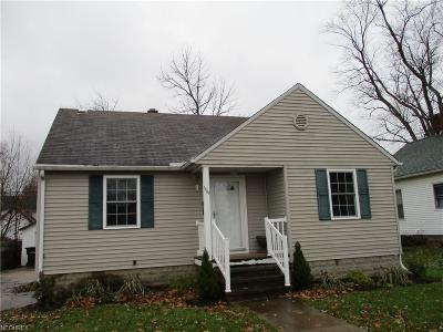 Elyria Single Family Home For Sale: 1009 Bell Ct