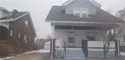 Parma Single Family Home For Sale: 7810 Jameson Rd