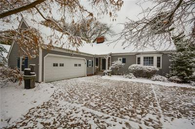 Rocky River Single Family Home For Sale: 2756 Tonawanda Dr