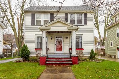Elyria Single Family Home For Sale: 423 Oxford
