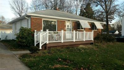 North Olmsted Single Family Home For Sale: 5375 Decker Rd