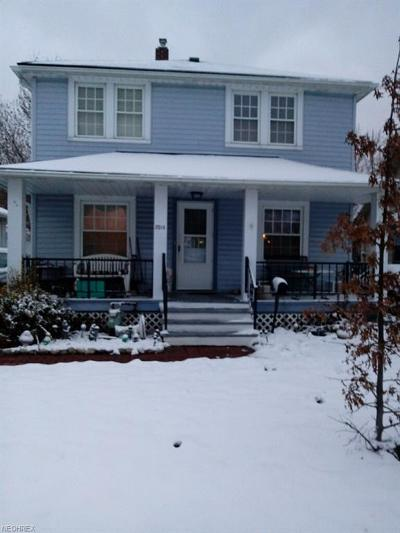 Parma Single Family Home For Sale: 2514 Grovewood Ave