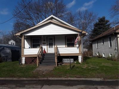 Zanesville Single Family Home For Sale: 819 Race St