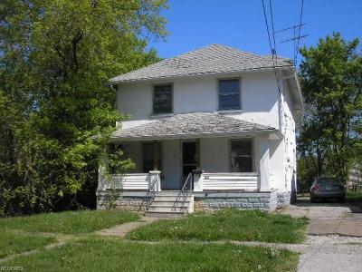Lorain Single Family Home For Sale: 1216 West 17th St
