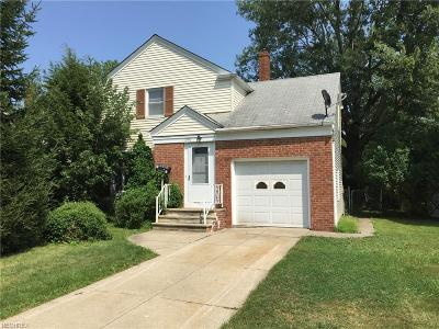 Mayfield Heights Single Family Home For Sale: 1251 Worton Blvd