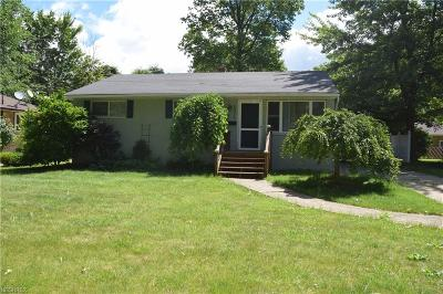North Olmsted Single Family Home For Sale: 6075 Porter Rd