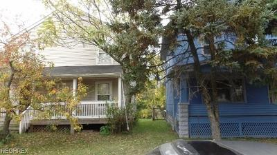 Cleveland Single Family Home For Sale: 9623 Fuller Ave