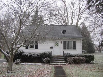 Lorain County Single Family Home For Sale: 1037 Sunshine Ct