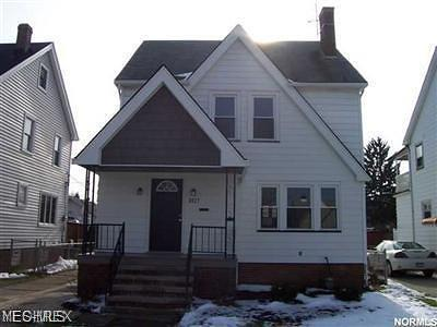 Parma Single Family Home For Sale: 3027 Lincoln Ave