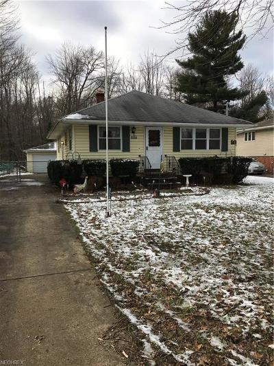 North Olmsted Single Family Home For Sale: 5556 Whitehaven Ave