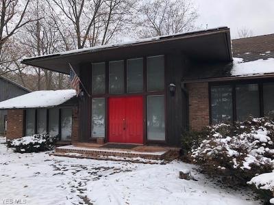 Pepper Pike Single Family Home For Sale: 28849 Shaker Blvd