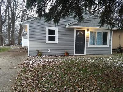 Elyria Single Family Home For Sale: 559 Delaware Ave
