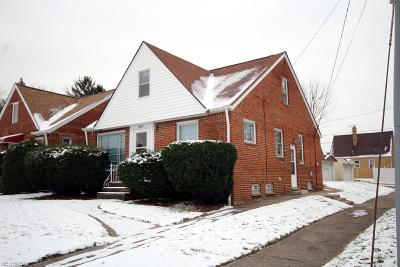 Cleveland Single Family Home For Sale: 8413 Ackley Rd