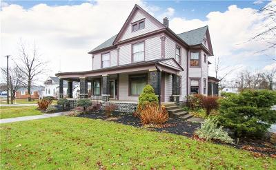 Canfield Single Family Home For Sale: 201 South Broad St