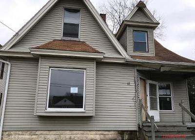 Licking County Single Family Home For Sale: 18 Monroe Ave