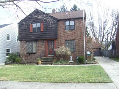 Parma Single Family Home For Sale: 5705 Edgehill Dr