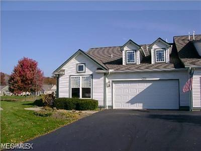 Avon OH Condo/Townhouse For Sale: $215,000