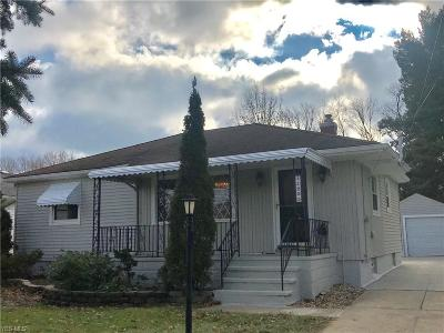 Parma Single Family Home For Sale: 11225 Lawndale Dr