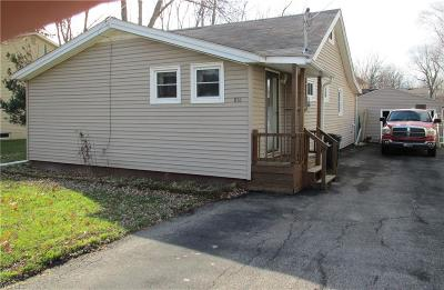 Sheffield Lake OH Single Family Home For Sale: $64,800