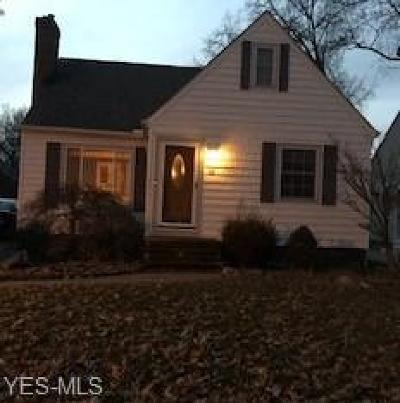 Bay Village Single Family Home For Sale: 316 Elmwood Rd
