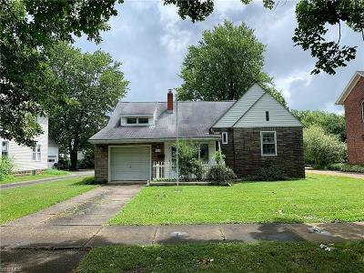 Oberlin OH Single Family Home For Sale: $155,000