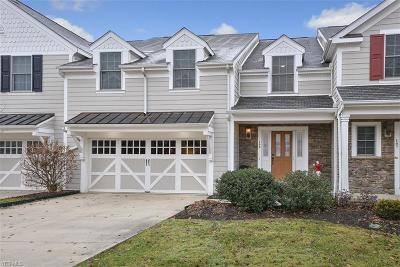 Beachwood, Chagrin Falls Condo/Townhouse For Sale: 108 Bell Tower Court