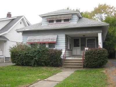 Cleveland Single Family Home For Sale: 9301 Rosewood Ave