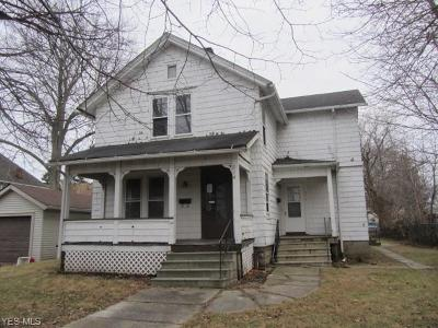 Elyria Multi Family Home For Sale: 214 5th St