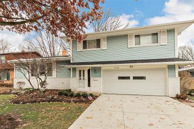 Mayfield Heights Single Family Home For Sale: 6733 Stafford Dr
