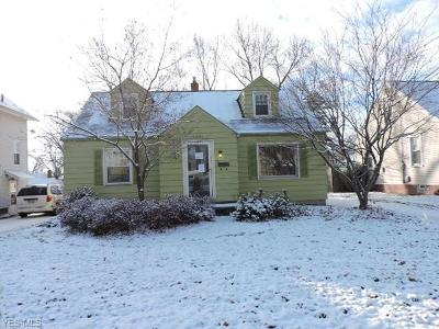 Poland OH Single Family Home For Sale: $59,400