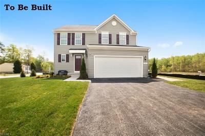 Willoughby Single Family Home For Sale: 84 Fairway Glenn Blvd