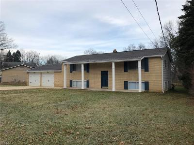Massillon Multi Family Home For Sale: 3848-3850 Mollane St Northwest