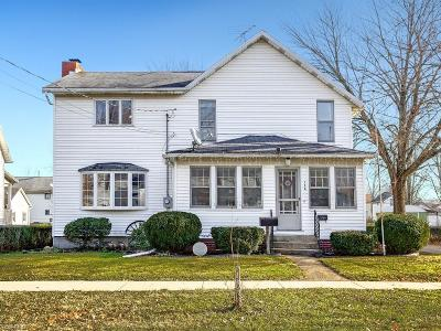 Lorain County Single Family Home For Sale: 134 Middle St