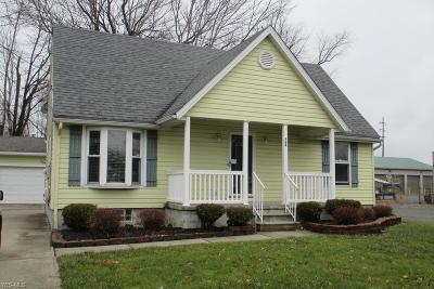 Elyria Single Family Home For Sale: 184 Warden Ave