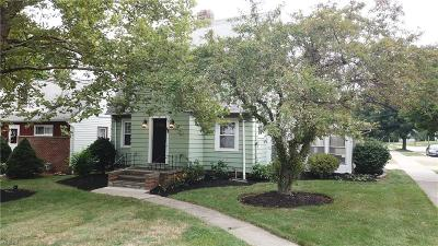Wickliffe Single Family Home For Sale: 1909 Lincoln Rd