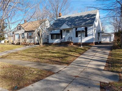 Euclid Single Family Home For Sale: 955 East 225th St