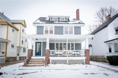Lakewood Single Family Home For Sale: 1647 Wagar Ave