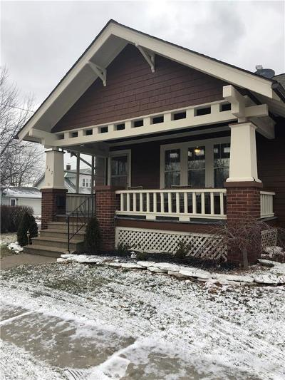 Lorain County Single Family Home For Sale: 342 West 28th St