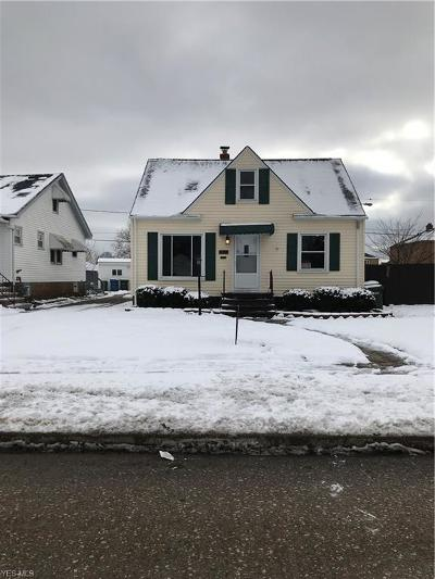 Parma Single Family Home For Sale: 5915 Virginia Ave