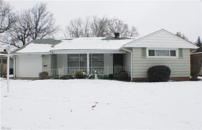 Parma Heights Single Family Home For Sale: 6374 Sherborn Rd