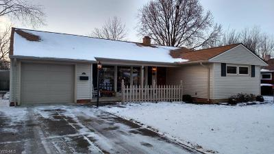 Parma Heights Single Family Home For Sale: 6648 Sherborn Rd