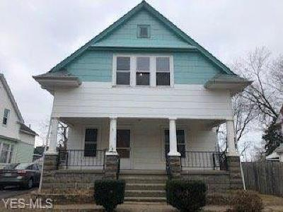 Cleveland Single Family Home For Sale: 1284 East 187th St