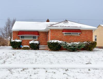 Cleveland Single Family Home For Sale: 4230 East 187th St
