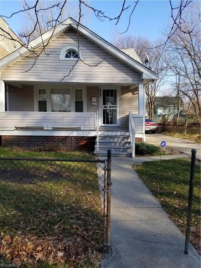 Cleveland Single Family Home For Sale: 891 East 143rd St